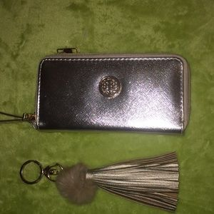Clutch purse and key chain! Gold& tan! NWOT!